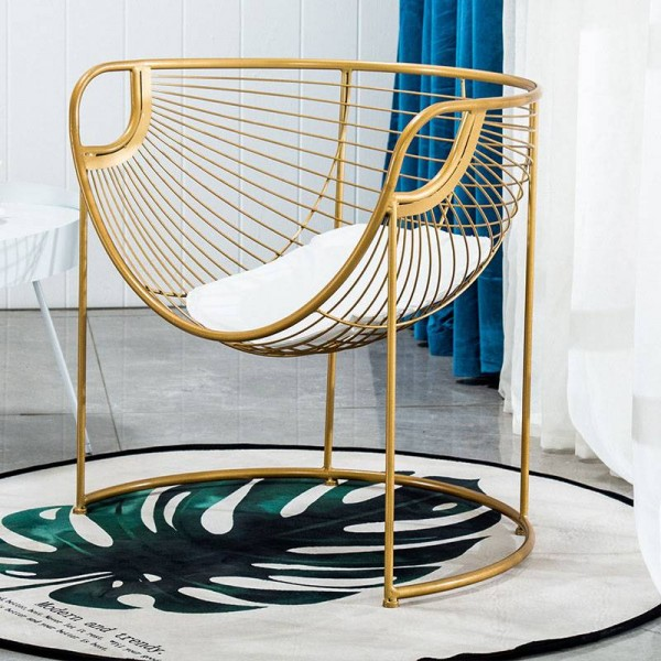 2019 New Nordic Iron Art Dining Chair Household Modern Simple Ins Net Makeup Chair Leisure Backrest Chair Simple Dining Table