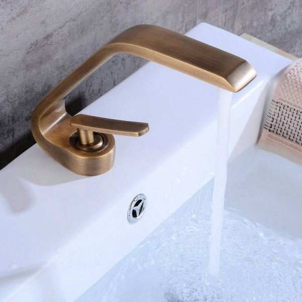 Antique Brushed Newly Art Contemporary Bathroom Faucet Basin Faucet Brass Mixer Tap Faucet Chrome/Blackened 6081A
