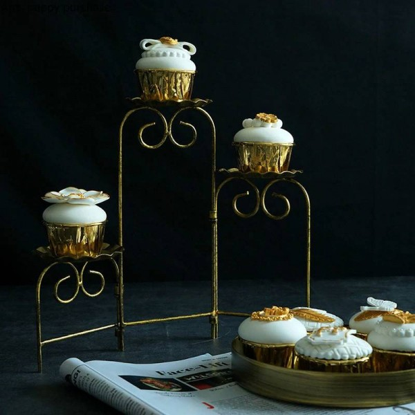 Creative European style Retro Gold iron Cake stand Foldable Three floors Cake pan Cup cake Display stand cristmas decoration