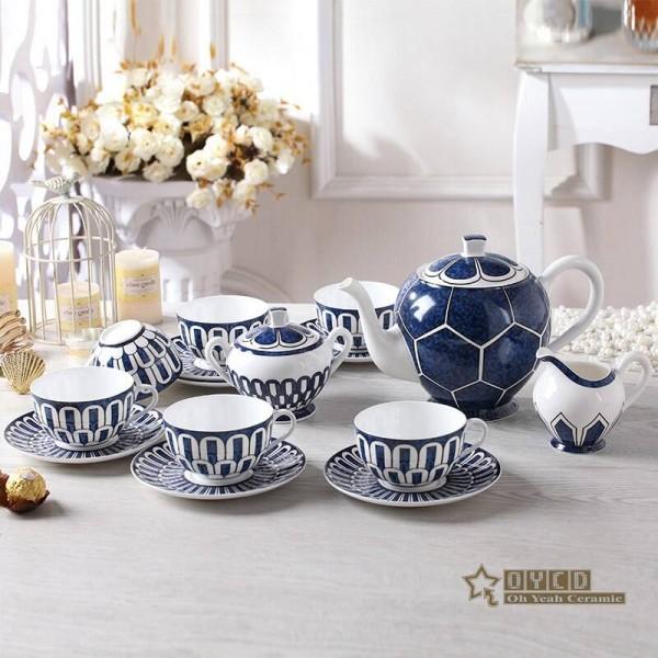 Porcelain coffee set ultra-thin bone fashion home furnishing pattern design outline in gold 15pcs European tea set pot