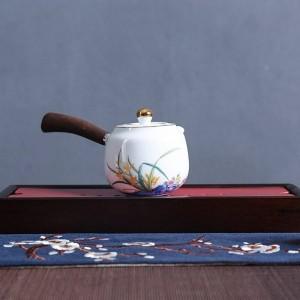 210ml Creative Handle Teapot Hand Painted White Porcelain Teaware Drinkware Kung Fu Tea Set Kettle Milk Pot Decor Crafts