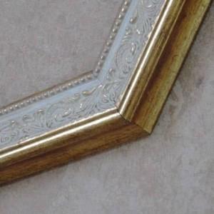 43cmx64cm Minimalist European Carved Decorative Bathroom Washbasin Mirror Bathroom Mirror Makeup Bathroom Mirror