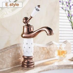 Basin Faucets Euro Gold finish Luxury Bathroom Basin Crane Small Single Handle With Diamond Vanity Sink Mixer Water Tap 58K