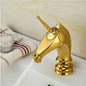 Basin Faucets Unique Fashion Bathroom Horse Head Faucet Golden Brass Deck Mounted Single Long Handle Toilet Mixer Taps M-92