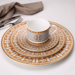 Ceramic Western Dish Plate Coffee Cup Pastry Dish Restaurant Bone Steak Plate Model House Decoration