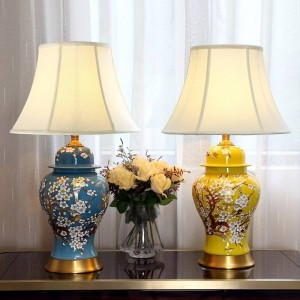 Antique Living Room Vintage Table Lamp Porcelain Ceramic Table Lamp wedding decoration flower and bird table lamp bedroom
