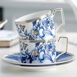 Classic Luxurious Gold Rim Floral Tea Cup & Saucer Set Bone China in Blue & White