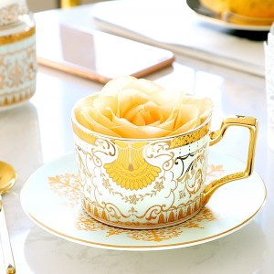 Classical Luxurious Royal Bone China Tea Cup with Gold Handle Coffee Cup and Saucer Set of 4
