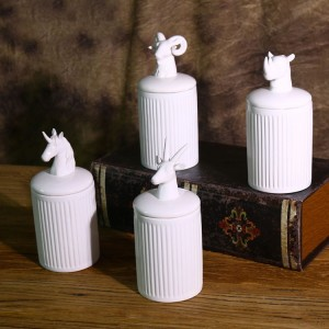 Contemporary Cylinder 4-Piece Ceramic Kitchen Storage Canister Set with Animal Lid in Ivory