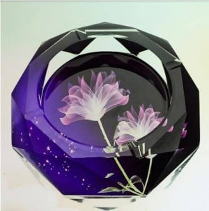 Creative crystal ashtrays, household goods and office supplies, diameter 12 cm