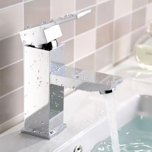 Dree Modern One Handle Single Hole Square Bathroom Sink Faucet Solid Brass in Polished Chrome