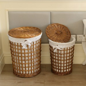 Farmhouse Style Round Rattan Hamper Rattan Space-Saving Woven Laundry Hamper with Lace Liner & Lid in Gold Set of 2