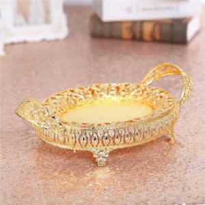 Golden Fruit Box Candy Plate Retro Metal Tray, Hollow Metal Plate For Wedding Decoration Birthday Party