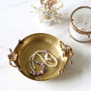 InsFashion luxury hammer grain plum flower modelling handmade brass jewelry tray for vintage royal style home decor