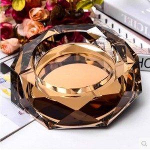 K9 crystal ashtray, creative Home Furnishing decoration, Home Furnishing and office supplies, 0.15 meters in diameter