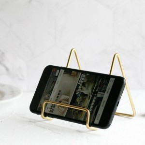 Metal Gold Storage Shelf Vogue Modern Holder Nordic Iron Desk Sundries Mobile Phone Storage Holder for PAD Organizer Home