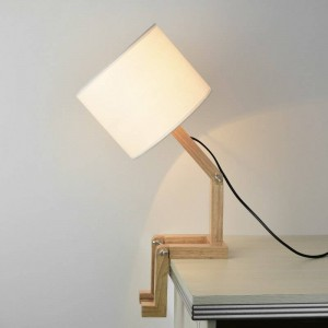 Modern Lovely Wooden Table Lamp Robot Shape cute table Lamp Kung E27 3W LED lamp Indoor Study Desktop Lighting Bedside Lamps