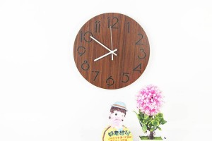 Modern minimalist fashion round wood grain wall clock Living room bedroom study mute wall clock wood Wall clocks Wall decoration