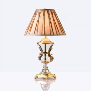 Nordic LED Crystal Table Lamp Copper Bedroom Bedside Lighting Decorative LED Table Li Ghts Cloth Lamp Shade Desk Lamps Luminaire