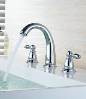 Nordic Style Basin Faucet Golden Plate 3 Hole Bathroom Sink Faucet Deck Mounted Cold Hot Vintage Sink Faucet Mixer Tap 8207