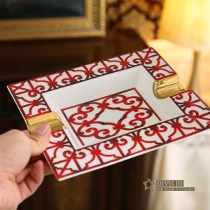 Porcelain ashtray bone Red Characteristics design outline in gold rectanglar shape home decoration supplies gifts