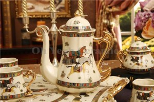Porcelain coffee set ivory porcelain god horses design outline in gold 8pcs coffee cup set coffee jug coffee pot tea tray