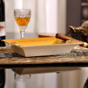 Porcelain fashion ashtray bone Square horse design outline in gold shape cigar ashtray cigarette decoration gift