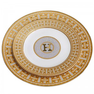 "Porcelain flat plates bone ""H"" mark mosaic design outline in gold round shape 8""10"" flat plate bone dish big plate"