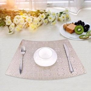 PVC Waterproof Thermal Insulation Folding Anti-mildew No Skid Easy To Clean And Insulate Food Mat Table Decoration