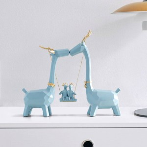 Resin Deer family Hand Carved Collectible Figurines Miniature Resin Moden cute Animals ornaments for home office Decorations