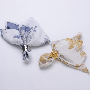 "Stylish Minimalist Polyester Cloth Napkin 18"" Square Dinner Napkins Set of 4"