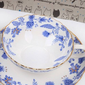 Celadon Porcelain Coffee Cups And Saucers Small Teacups Porcelain Blue And White Ceramic Cups For Tea Classical