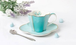 Ceramic Coffee Cup And Saucer Four Leaf Clover Design Porcelain Tea Cup Set With Stainless Steel 304 Spoon
