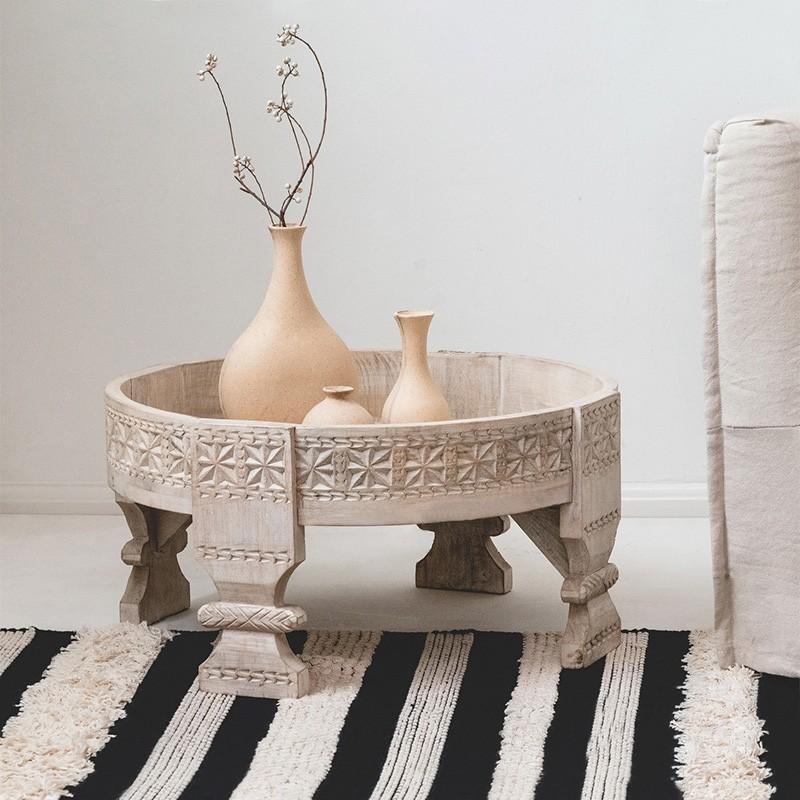 Luxury Vintage 23 Round Moroccan Carved Wood Coffee Table In Distressed White Vintage 23 Round Moroccan Carved Wood Coffee Table In Distressed White For Sale