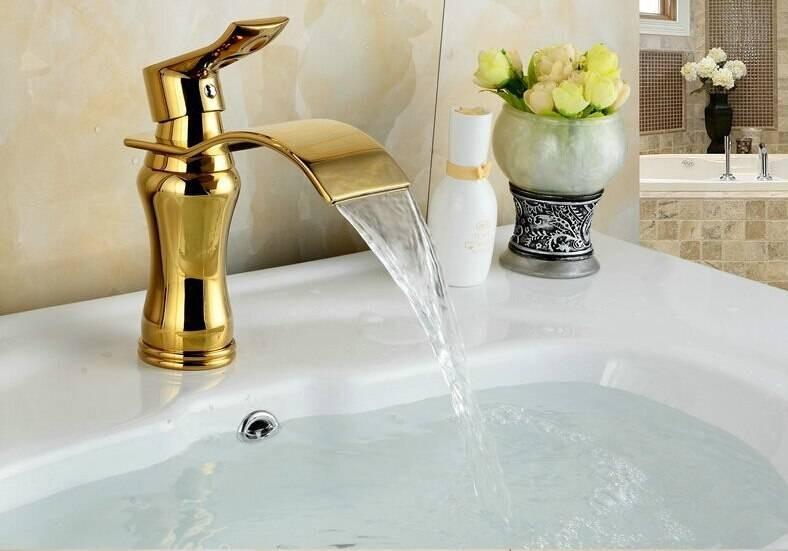Luxury Wide Spout Golden Faucets Bathroom Basin Faucet ...