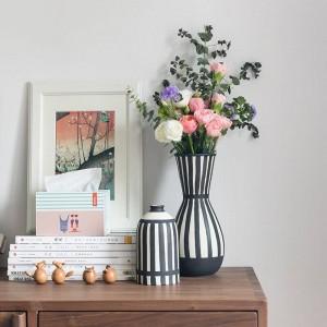 Florero de cerámica del florero blanco negro clásico para el florero de escritorio de las flores secadas