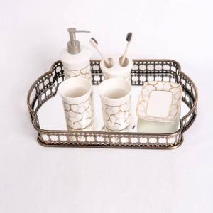 Estilo europeo Bandeja de almacenamiento de vidrio chapado en hierro forjado Espejo Bandeja inferior Sala de estar Luz Placa de lujo Decoración Plato Fruta
