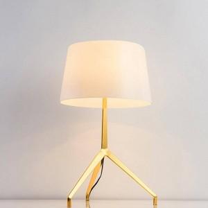 Diseño de moda nuevo breve decoración moderna lámpara de mesa luz de mesa dormitorio luz simple hogar decorativo lámpara de mesa