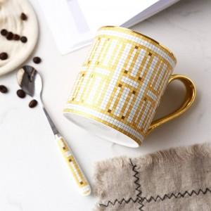 Taza de hueso de alta calidad francesa Taza de café europea Taza de cerámica con borde de oro pintada a mano