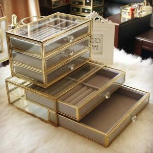 Caja de almacenamiento de joyería Cristal Borde de cobre Caja de joyería de escritorio Princesa Pendientes Anillo Pulsera Caja de acabado Regalo