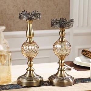 Candelabro de metal de lujo Decoración para el hogar Mesa Modelo Habitación Decoraciones suaves Adornos Adornos de cena con velas europeas