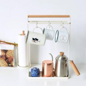 Vogue Nordic Metal Estante de almacenamiento de madera con rejilla Bandeja inferior Llave taza Botellas de condimento Tenedores Organizador de almacenamiento para el hogar