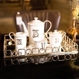 Golden Tray Home Weiche Dekoration Desktop Tee-Set Ablageschale Dekoration Hotel Metall Rechteckiges Tablett