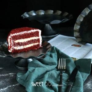 クリエイティブヨーロッパスタイル波状エッジケーキパン結婚式の小道具デザートテーブルレトロシルバースナックトレイ食品写真トレイ