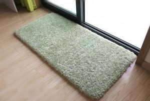 柔らかいグリーンフロアカーペット用寝室用ソリッドバスルームカーペット滑り止めマット用トイレ吸水性ドアマットスーパーソフトalfombra