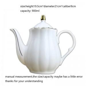 Bollitore per latte in stile europeo da 900 ml Caffè con osso in ceramica Orlo dorato Vasi d'acqua di grande capacità Bicchieri da tè Pomeridiano Manico per tè Bollitore