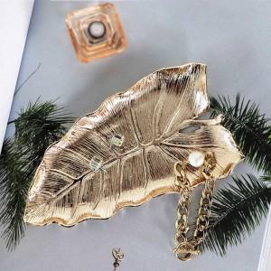 InsFashion piatto di gioielli fatti a mano in ottone a forma di foglia carina e di buona qualità per decorazioni per la casa in stile nordico e regali per ragazze