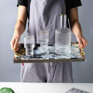 Vassoio di vetro di lusso leggero con maniglia in rame Vassoio portaoggetti Decorazione per la casa Piatto Set da tè Modello nuvola telaio