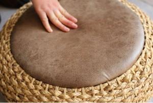 Pouf pouf rotondo moderno lavorato a maglia sgabello con rivestimento in pelle PU / cuscino per pavimento Yoga Cuscino per meditazione Yoga Rusitc Tatami Pouf Mobili