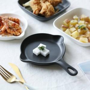 Piatto da insalata in stile nordico minimalista bianco e nero in ceramica opaca per teglie da forno